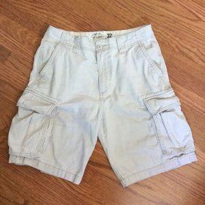 Men's Old Navy Cargo Shorts, Size 32